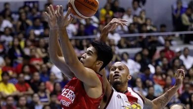Photo of Aljon Mariano stepping up for badly depleted Gin Kings