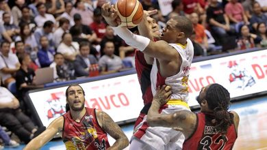 "Photo of Brgy. Ginebra dismantles San Miguel in Game 4 to tie ""strange"" series at 2-games apiece"