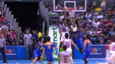 Photo of WATCH: Justin Brownlee with a BASTOS JAM on Marqus Blakely!