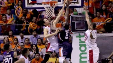 """Photo of Allen Durham on Japeth Aguilar's game-saving block: """"I thought that was a foul"""""""